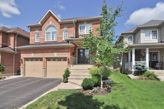 SOLD - 32 Carlinds Drive, Whitby